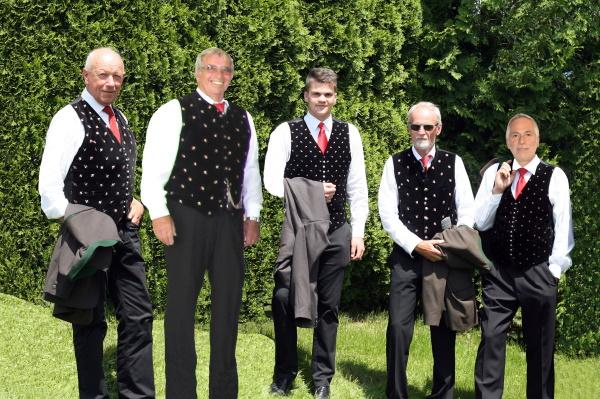 Erster Bass_mit Franz+Sepp+Horsti_600x400